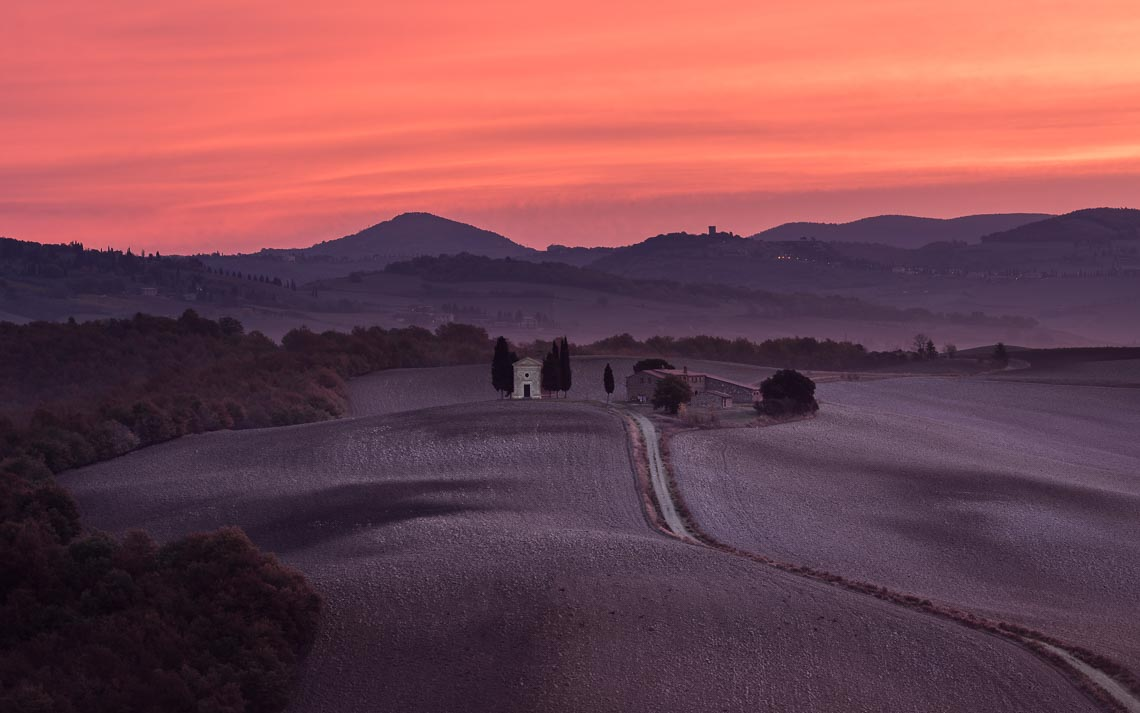 Val Orcia Toscana Nikon School Workshop Paesaggio Notturna Via Lattea Startrail 00074