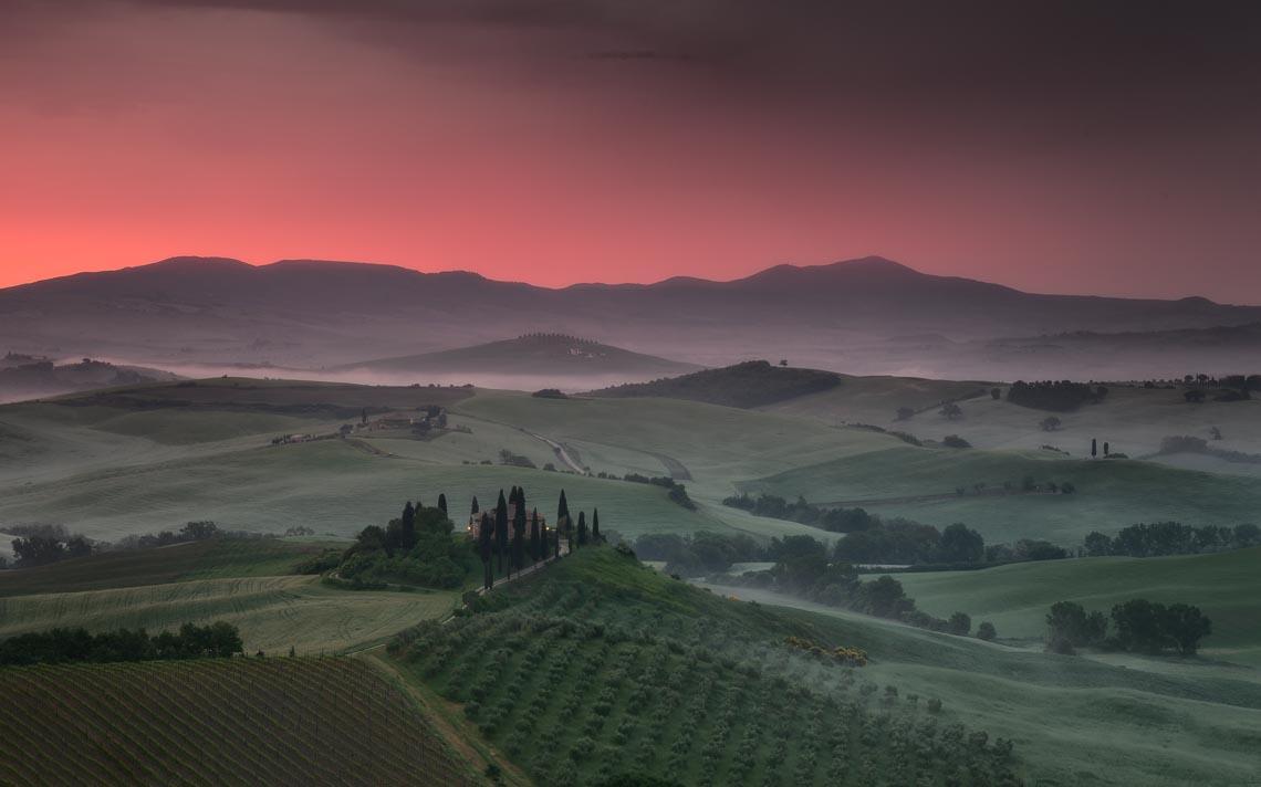 Val Orcia Toscana Nikon School Workshop Paesaggio Notturna Via Lattea Startrail 00080