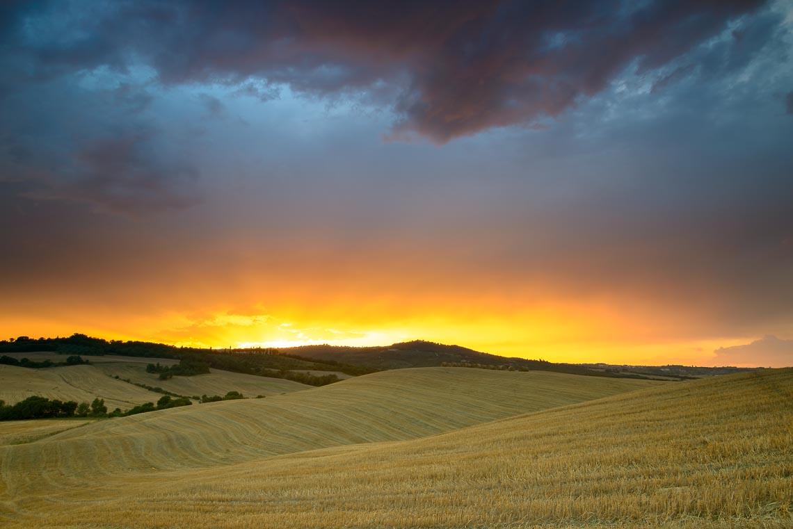 Val Orcia Toscana Nikon School Workshop Paesaggio Notturna Via Lattea Startrail 00009