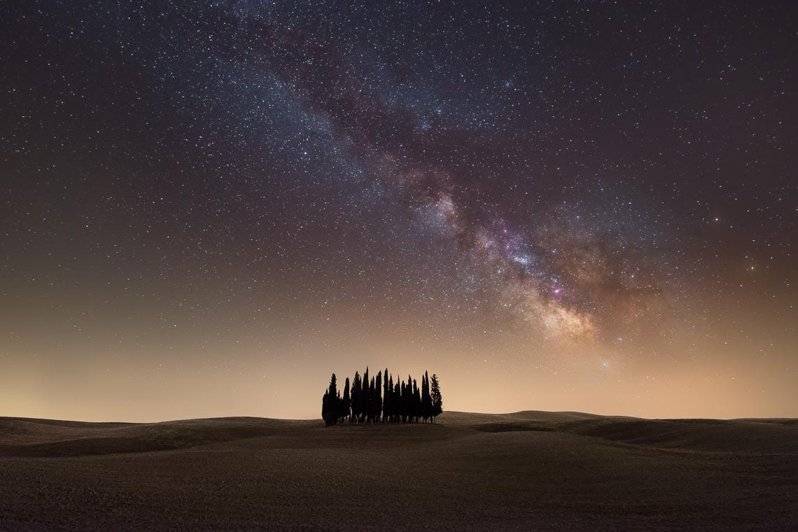 Val Orcia Toscana Nikon School Workshop Paesaggio Notturna Via Lattea Startrail 00018